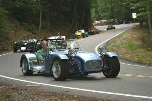 21222-tail-o-t-Dragon-w-Automobile-mag
