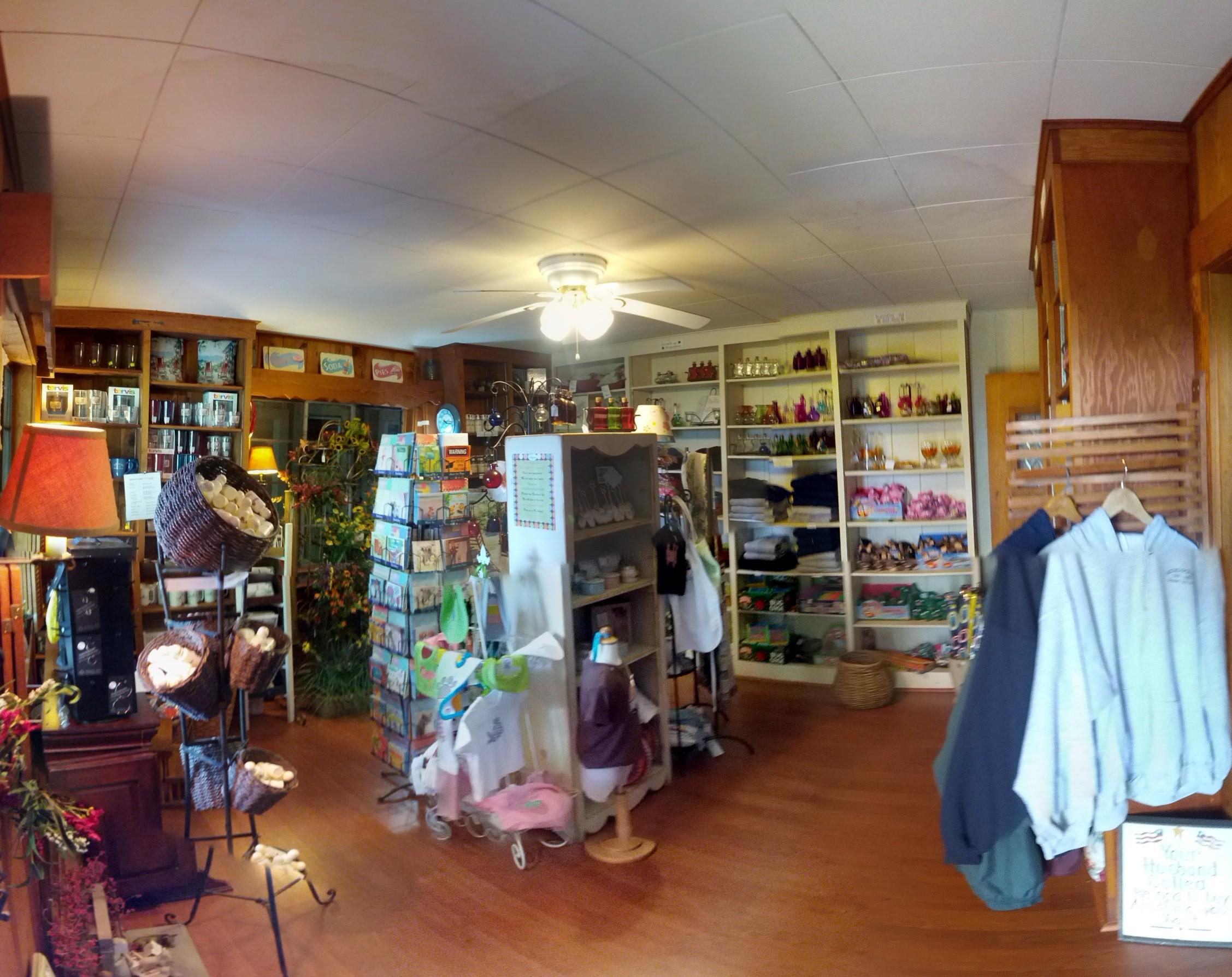 Gift Shop Hemlock Inn
